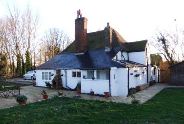 Thumbnail Detached house to rent in Moor Street, Rainham, Gillingham