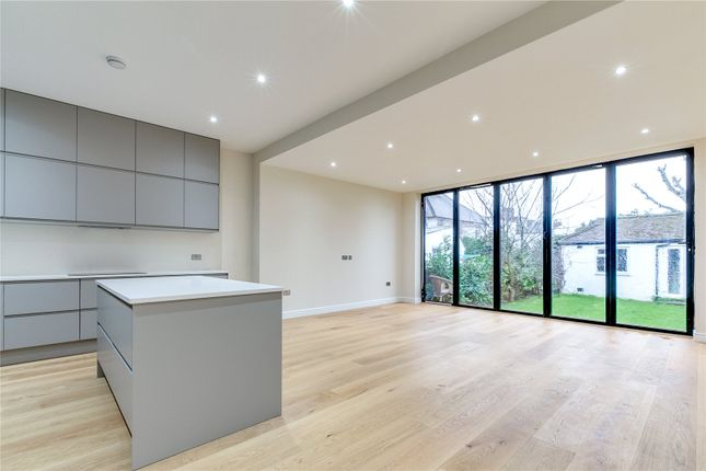 Thumbnail Semi-detached house to rent in Kings Avenue, London