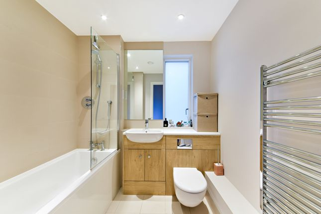 Bathroom of Amberley Waterfront, Amberley Road, Maida Vale W9