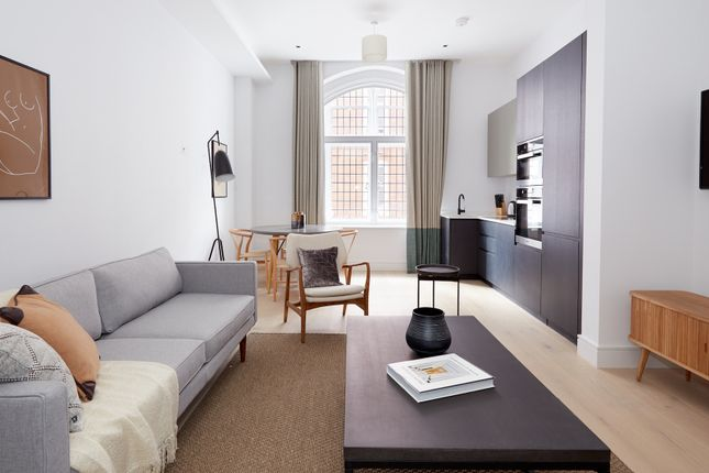 Flat to rent in Apartment Great Peter Street, London