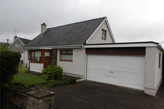Thumbnail Property for sale in Ffordd Iago, Groeslon, Caernarfon, Gwynedd
