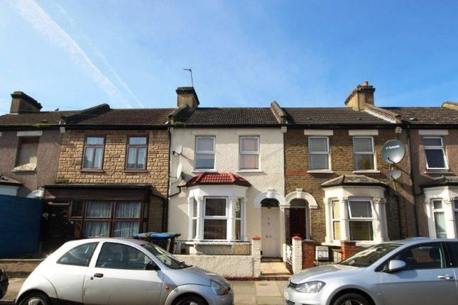 Thumbnail Terraced house for sale in Chiswick Road, London