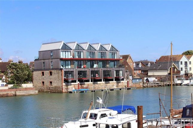 Thumbnail Terraced house for sale in River Road, Littlehampton, West Sussex