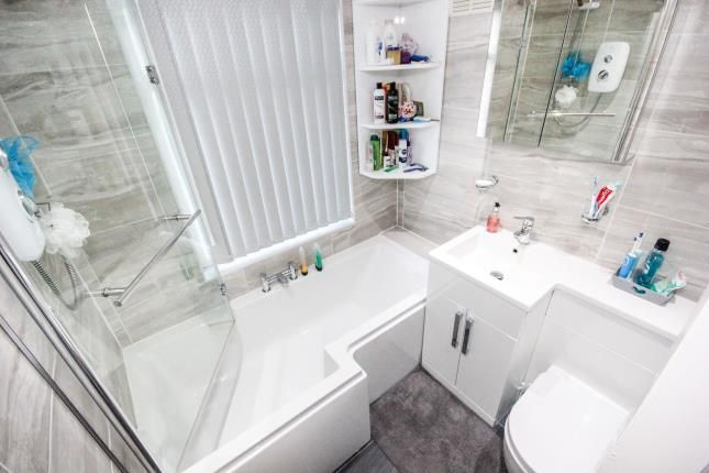 Bathroom of Colgate Crescent, Manchester, Greater Manchester M14