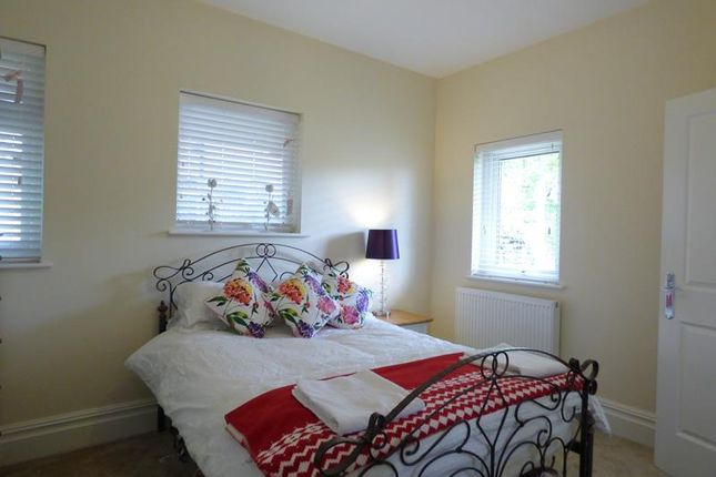 Photo 11 of Holly View Drive, Malvern WR14
