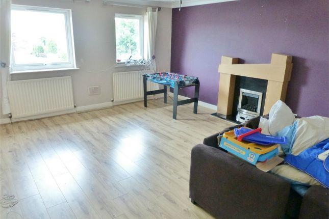 Flat for sale in Oak Tree Lane, Haxby, York