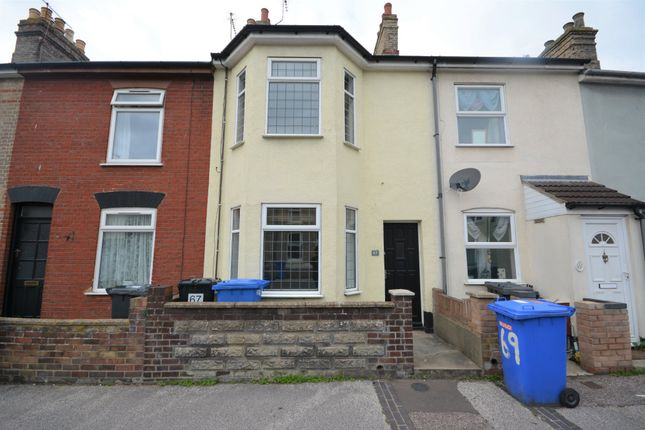 Thumbnail Terraced house to rent in Queens Road, Lowestoft, Suffolk