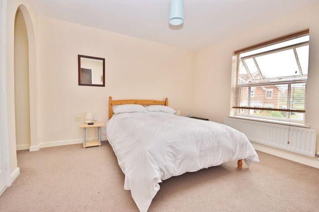 Family Rooms In Basingstoke