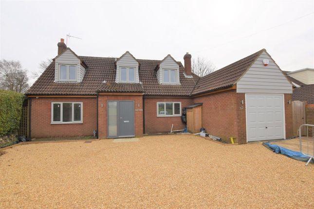 4 bed detached house to rent in Woodside Green, Great Hallingbury, Bishop's Stortford CM22