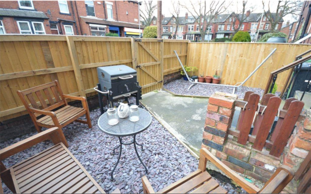Thumbnail Terraced house to rent in Parkfield Mount, Leeds