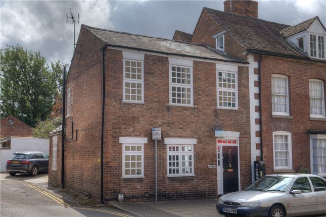 Thumbnail End terrace house for sale in Brook Street, Warwick