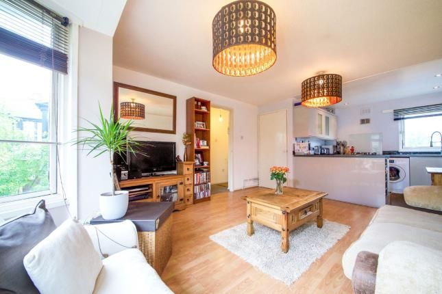 Maisonette for sale in Bredgar Road, Archway, London, .