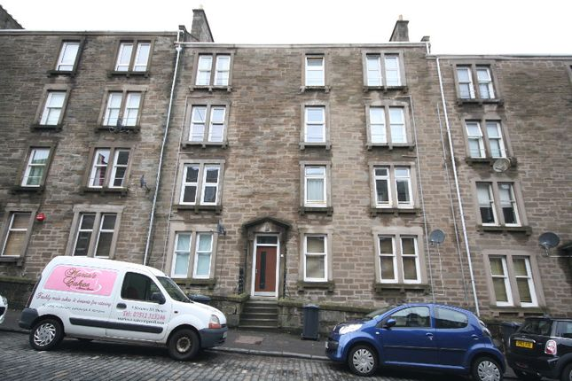 Thumbnail Flat to rent in Forest Park Road, West End, Dundee