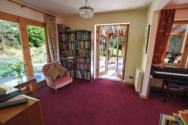 Pleasing 4 Bed Detached House For Sale In Kinlocheil Fort William Machost Co Dining Chair Design Ideas Machostcouk