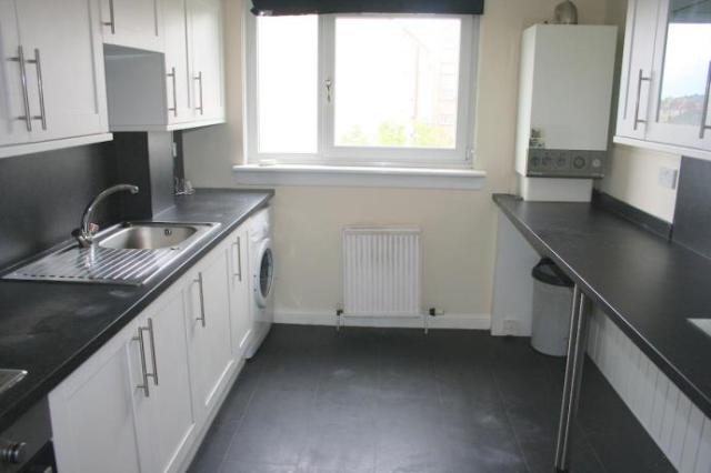 Thumbnail Flat to rent in Murrayburn Park, Edinburgh