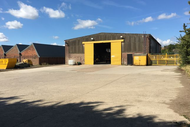 Industrial to let in Kent Road, Leeds