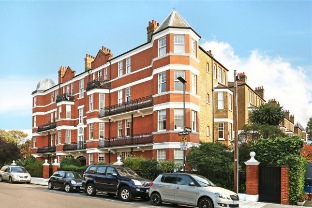 Thumbnail Flat for sale in Prebend Mansions, Airedale Avenue, Chiswick, London