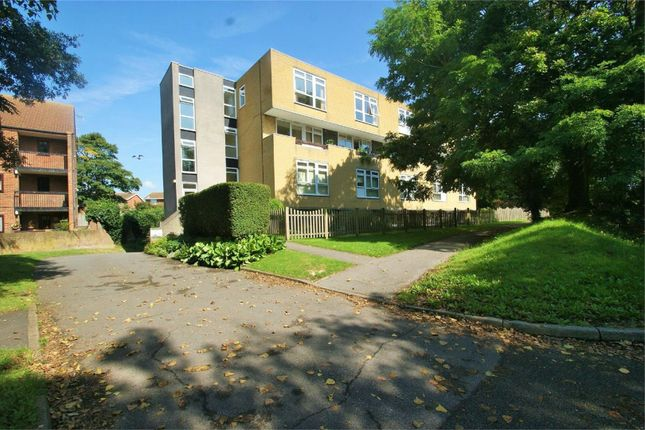 Flat to rent in Pegwell Road, Ramsgate