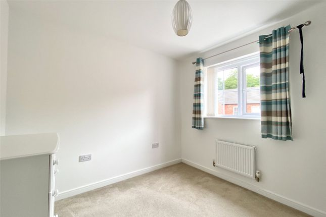 Picture No. 10 of Hallcoate View, Hull HU8