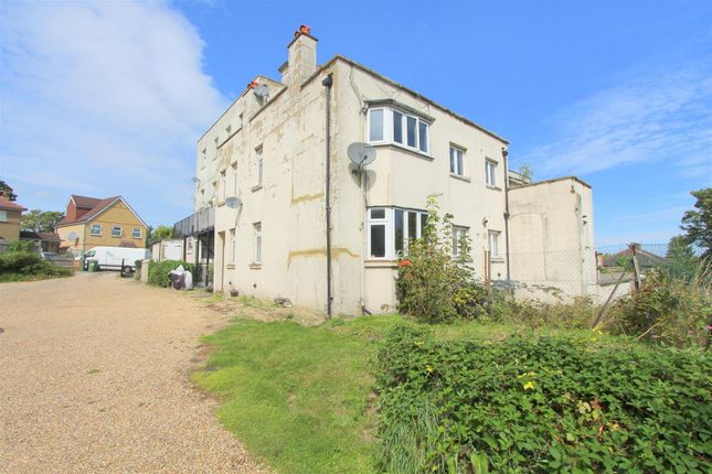Thumbnail Flat for sale in The Brandries, Wallington
