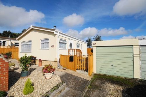 Thumbnail Mobile/park home for sale in Handley Park, Sixpenny Handley, Salisbury