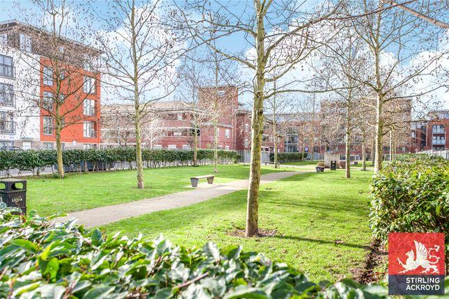 Picture No. 20 of Garway Court, 1 Matilda Gardens, London E3