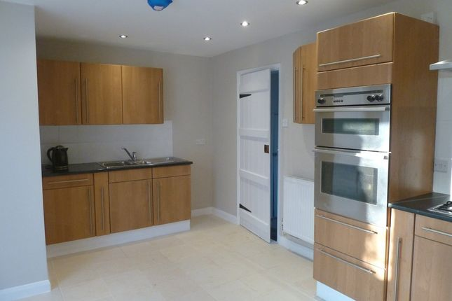 Thumbnail Terraced house to rent in Stanley Road, Diss, Norfolk