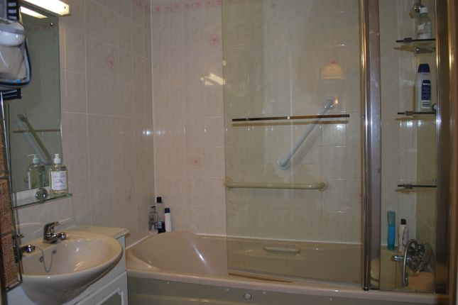Bathroom  of Littleham Road, Exmouth EX8