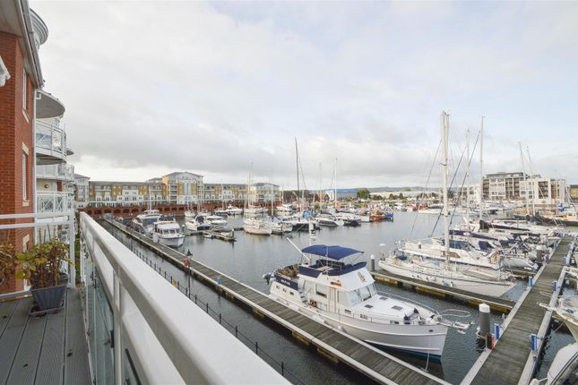 2 bed flat for sale in Phoenix Drive, Eastbourne BN23