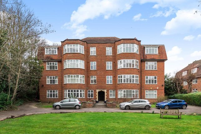 Thumbnail Flat for sale in Downs Court, London