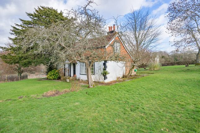 Thumbnail Detached house to rent in Legsheath Lane, East Grinstead