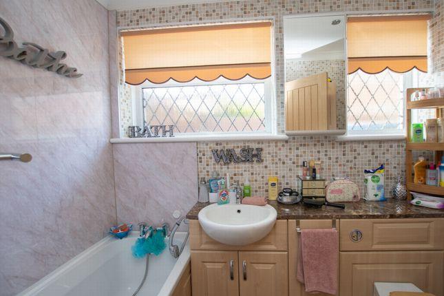 Bathroom of Mill Lane, Sheperdswell CT15