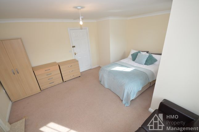 Thumbnail Shared accommodation to rent in Godwin Way, Trent Vale