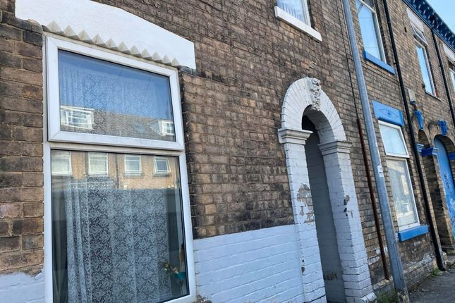 Detached house to rent in Cranbourne Street, Hull