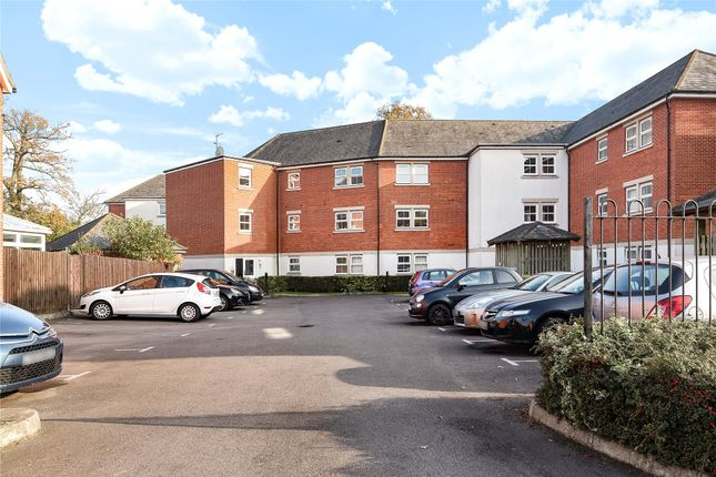 Thumbnail Maisonette to rent in Rossby, Shinfield, Reading, Berkshire