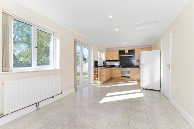 Thumbnail Semi-detached house to rent in Clayponds Avenue, Brentford