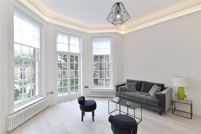 Flat to rent in Green Street, Mayfair, London