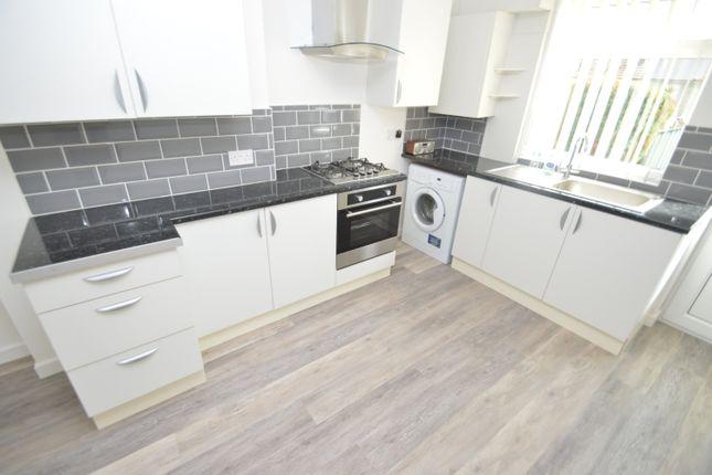 Thumbnail Property to rent in Oak Street, Rhydyfelin, Pontypridd