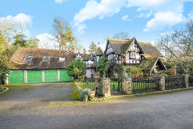 Thumbnail Detached house for sale in St. Leonards Hill, Windsor