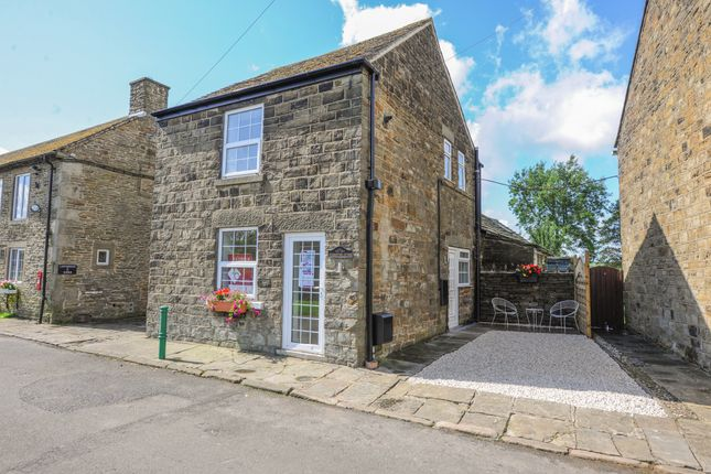 Thumbnail 2 bed cottage for sale in Pratthall, Cutthorpe, Chesterfield