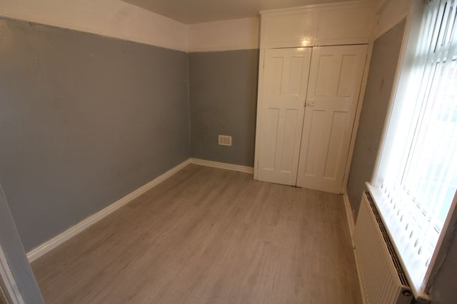 Bedroom of Longmoor Lane, Liverpool L10