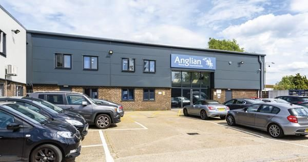 Thumbnail Commercial property for sale in Hurricane Way, Norwich