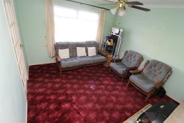 Dutton road stockwood bristol bs14 3 bedroom terraced for 35 dutton terrace medindie