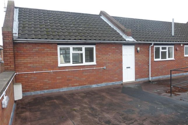 Thumbnail Flat to rent in High Street, Barrow Upon Soar, Loughborough