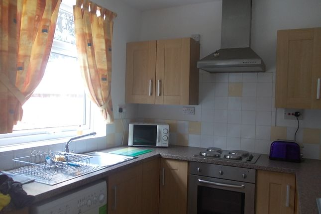 Thumbnail Semi-detached house to rent in Holbrook Road, Sheffield