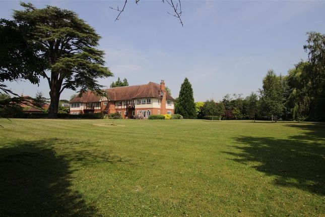 Thumbnail Flat for sale in Tidmarsh Grange, Knebworth House, The Street, Tidmarsh