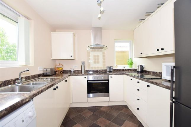 2 bed detached bungalow for sale in Laurel Close, Folkestone, Kent