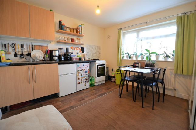 Thumbnail Flat to rent in Carlton Close, Aylesbury