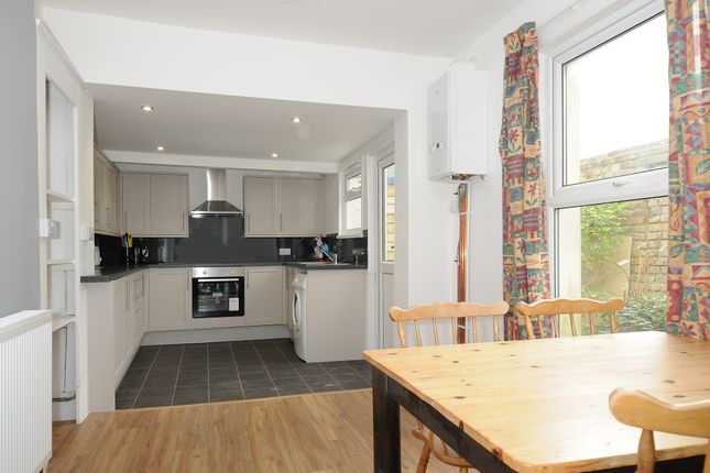 Thumbnail Terraced house to rent in Bedford Park, North Hill, Plymouth