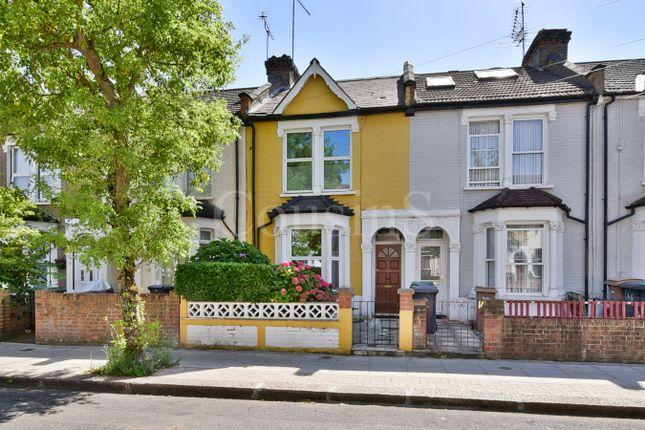 Thumbnail Property for sale in Roslyn Road, London